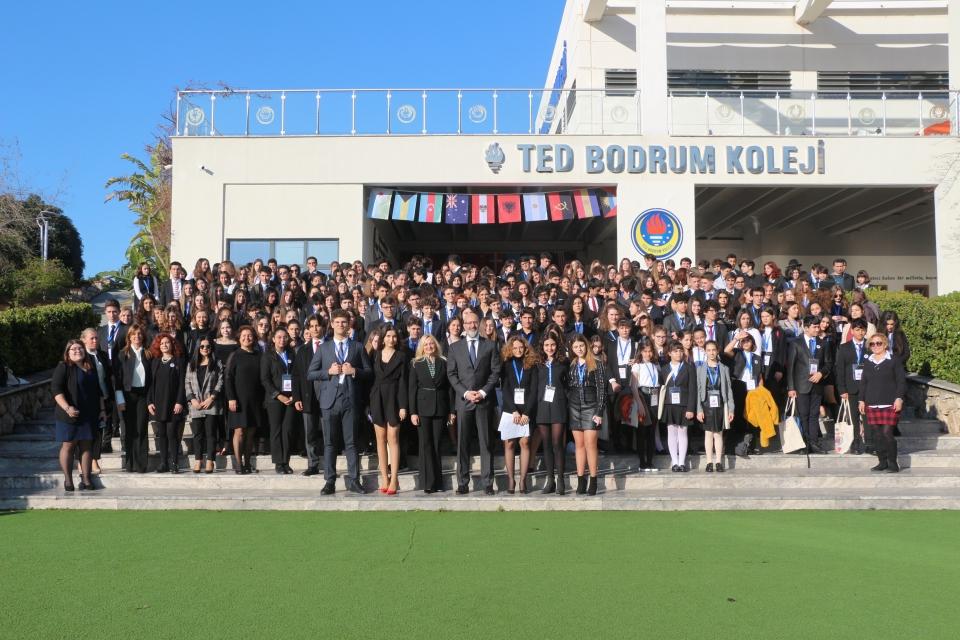 TBMUN'20 yurtiçinden ve yurtdışından  375 öğrencinin katılımıyla gerçekleştiriliyor