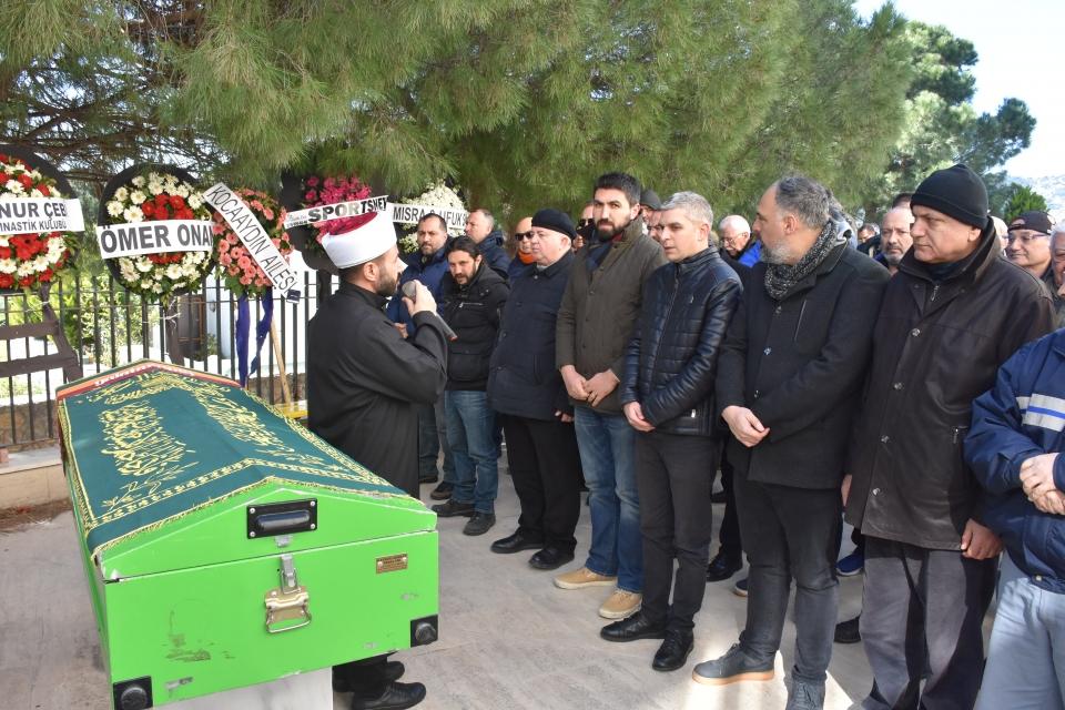 Spor adamı Nur Gencer cenazesi Ortakent'te defnedildi