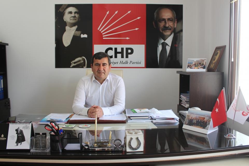 CHP Bodrum İlçe Başkanı Halil Karahan AKP Bodrum İlçe Başkanı Osman Gökmen'in iddialarına cevap verdi.