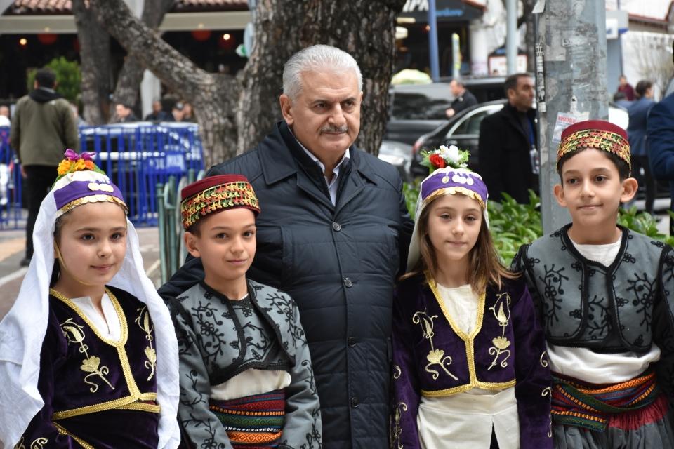 Başbakan Yıldırım valiliği ziyaret etti