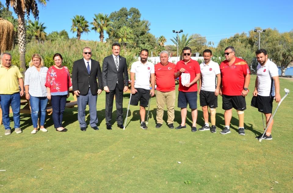 Avrupa şampiyonu Ampute Milli Takımından Başkan Kocadon'a ziyaret