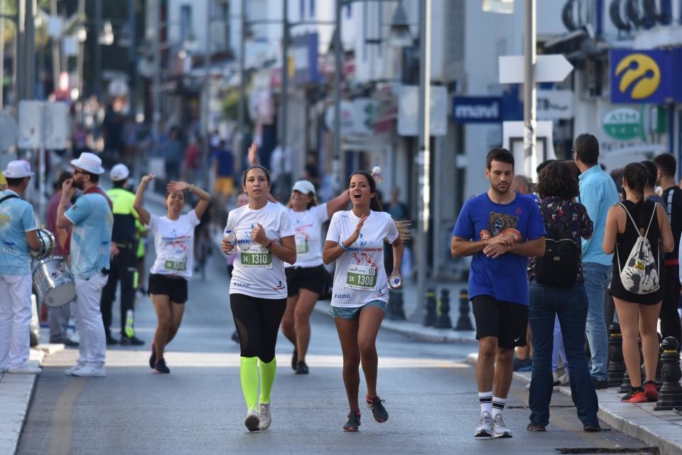 1. Çağdaş Bodrum Yarı Maratonu yapıldı