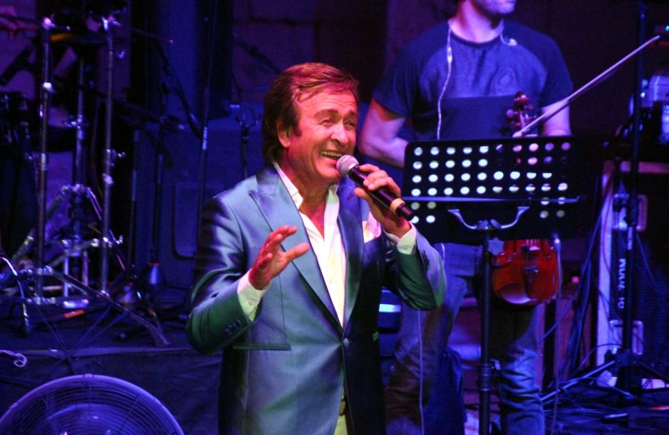 Sanatçı Erol Evgin Bodrum Antik Tiyatro'da konser verdi