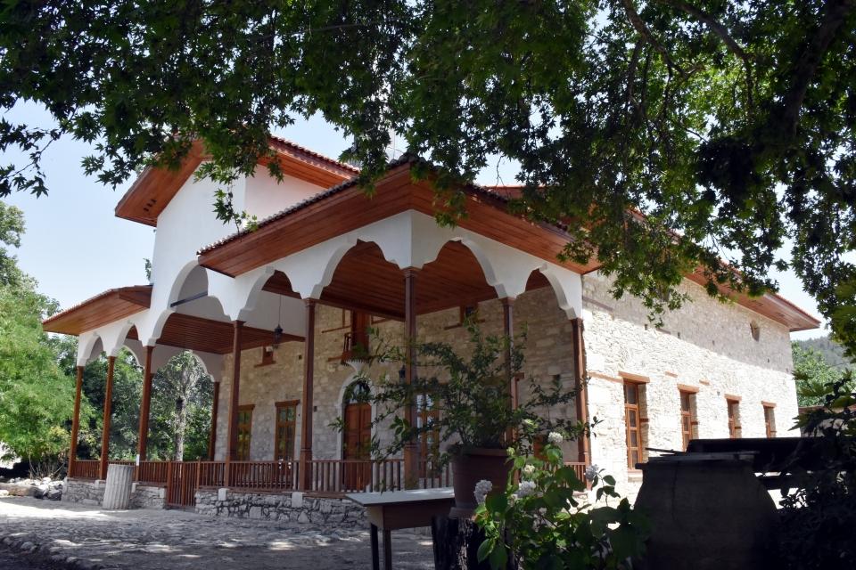 Antik kentteki Osmanlı camisi ibadete açılıyor