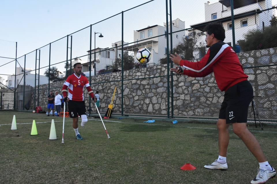 Ampute Milli Futbol Takımı,  Dünya Kupası'na hazırlanıyor