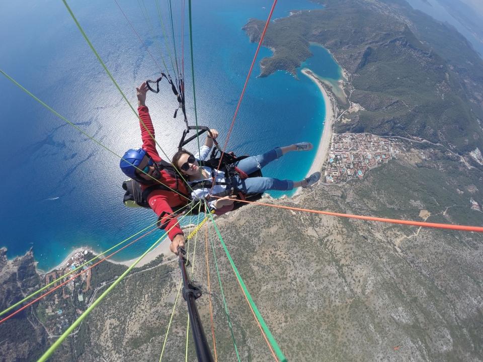 Yamaç paraşütüne Çinli turist ilgisi