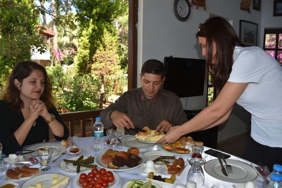 Mehmetçik'e