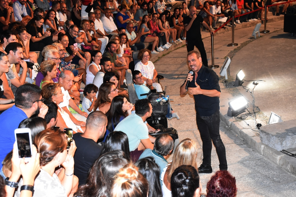 Haluk Levent Bodrum'da konser verdi