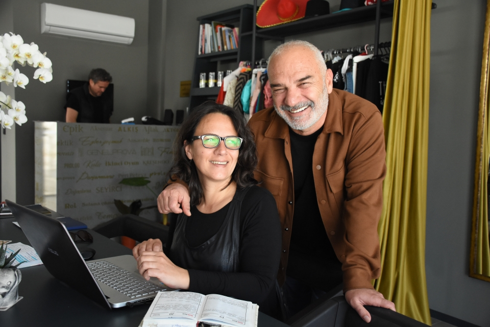 Oyuncu Erdal Cindoruk sanat yaşamında 40 YILI anlattı