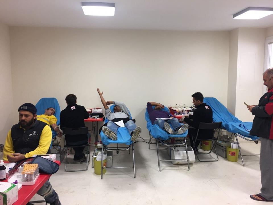 Bodrum'un inşaat devinden  Dev kan bağışı
