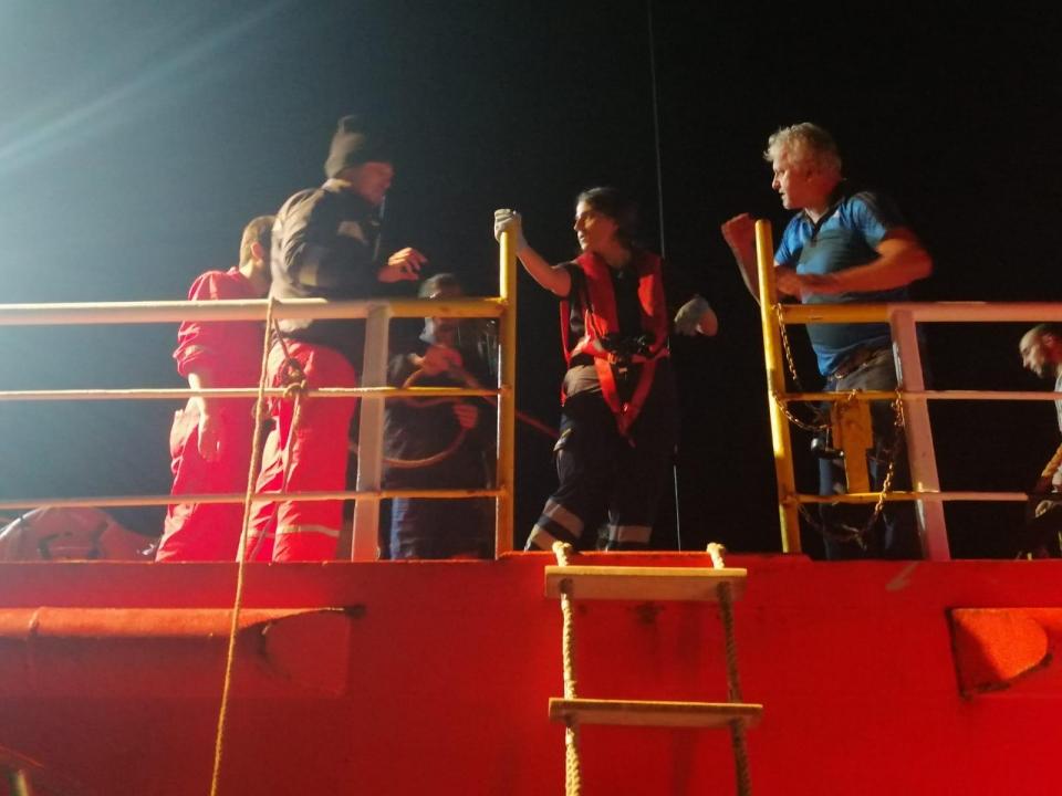 Gemide rahatsızlanan kişiye tıbbi tahliye