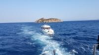 Karaya oturan teknedeki 2 kişi kurtarıldı
