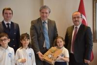 Bitez Gülümser- Mehmet Danacı İlkokulu Öğrencilerinden Kaymakam Bekir Yılmaz'a Ziyaret