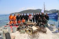 Bodrum  Belediyesi'nden Gölköy'de  deniz dibi  temizliği
