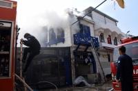 İş yerinde çıkan yangın söndürüldü