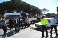 İşçi servisi ile otomobil çarpıştı: 5 yaralı