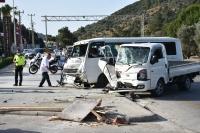İşçileri taşıyan minibüsle kamyonet çarpıştı: 8 yaralı