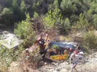 Traktör şarampole devrildi 1 kişi öldü
