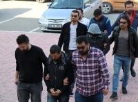 3 kişiden 2'si tutuklandı