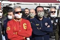 Bodrum'da taraftarlar, İzmir'deki depremzedeler için yardım kampanyası başlattı