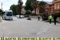 Minibüsle motosiklet çarpıştı 1 ölü VAR