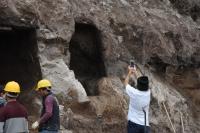 İnşaat kazısında kaya mezarları bulundu