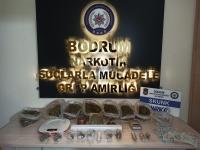 Uyuşturucu operasyonunda yakalanan 4 zanlıdan biri tutuklandı