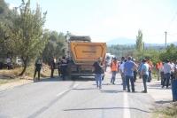 Tırla çarpışan traktörün sürücüsü öldü