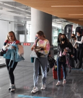 Rus turistler Kovid-19 sürecinde güvenli buldukları Türkiye'ye gelmeye devam ediyor