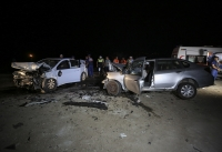 İki otomobil çarpıştı: 2 ölü, 4 yaralı