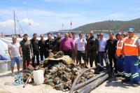 Gölköy sahilinden 609 kilo çöp çıktı!