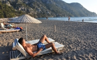 30 bin lira maaşlı  profesyonel turist mesaide
