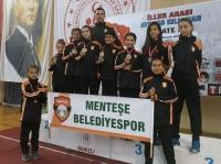 Karate Takımından 9 Madalya