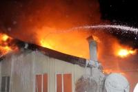 Yangında, 5 daire hasar gördü