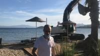 İş makinesiyle sahilde tehlikeli hareketler yapan operatör serbest bırakıldı