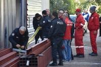 Tadilat yapılan binada göçük: 5 yaralı