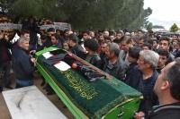 Lise öğrencisinin cenazesi toprağa verildi