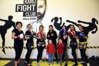 Kadınlar, kick boksla