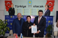 Mehmet Tosun Bodrum Belediye BaşkanlığıAdaylığını açıklıyor