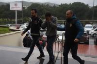 Göçmen kaçakçılığı suçlamasına 2 tutuklama