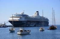 Mein Schiff 2, 2 bin 69 turist getirdi
