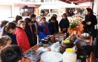 Üreticiler, öğrencilerle Yerli Malı Haftası'nı kutladı