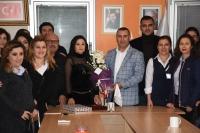 Taşeron işçiler AK Parti teşkilatını ziyaret etti