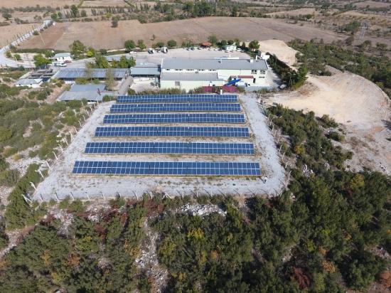 Büyükşehir güneş enerjisi kullanıyor