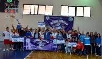 Datça Voleybol Turnuvası başladı