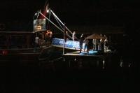 Karaya oturan teknedeki turistleri sahil güvenlik kurtardı