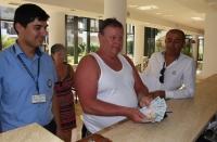 Turistlerin cüzdanları güvenlik kamerası sayesinde bulundu