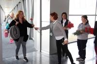 İngiliz turistlere karanfilli karşılama