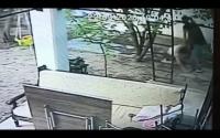 Kadının darbedilmesi güvenlik kamerasına yansıdı