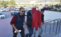 Yasa dışı geçişleri organize ettiği iddiasıyla gözaltına alınan zanlı tutuklandı
